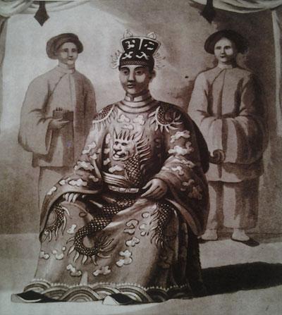 Những chuyện 'giường chiếu' hãi hùng của vua chúa Việt